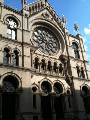 Eldridge street synagogue exterior surrounded by China Town